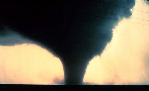 tornado_4.jpg